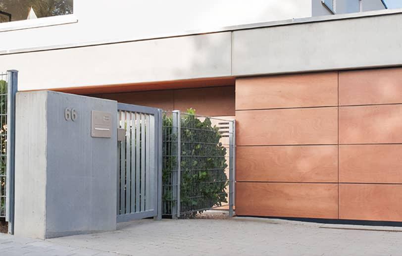 Boîte aux lettres portail d'entrée RENZ