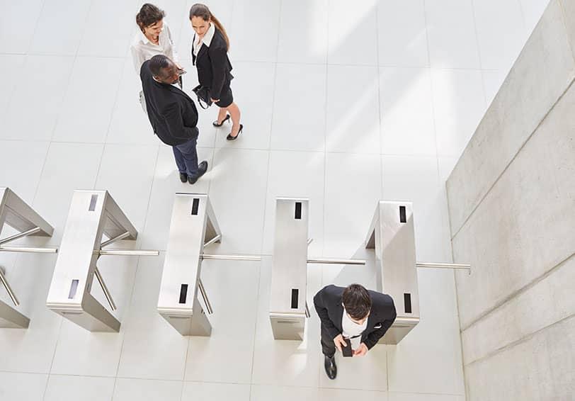 Portique de contrôle d'accès pour les services publics